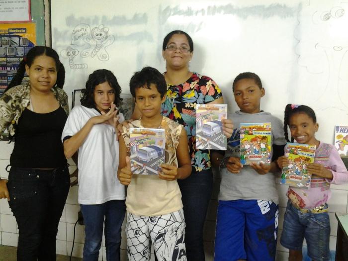 Alunos da Escola Municipal General San Martin