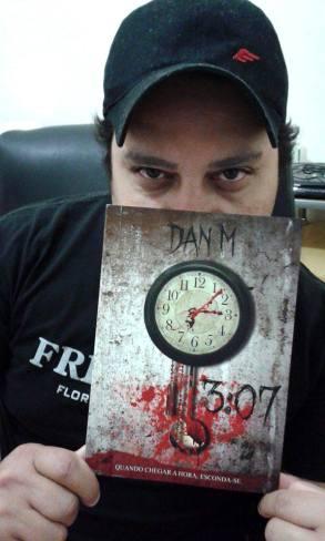 O Macabro tem hora marcada, conheça 3:07, livro de Dan M | Literatura