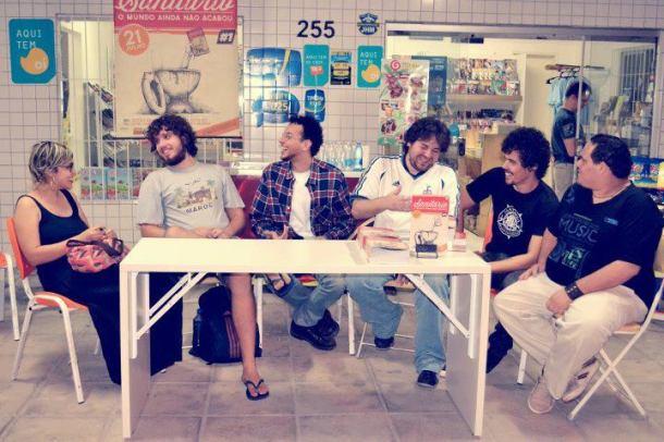 Tertúlia HQ tem conversa com ex-integrantes do Coletivo WC, na Gibiteca Henfil.